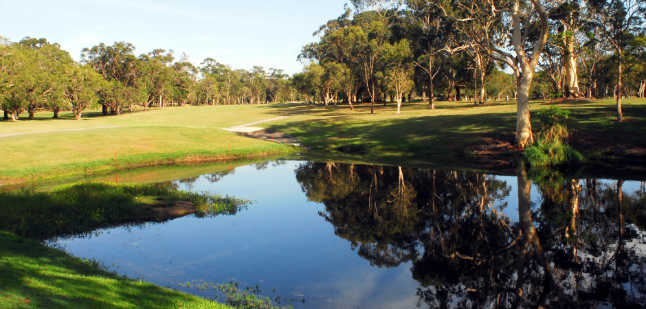 Caloundra Golf Club - 2 players walking with cart discounts!