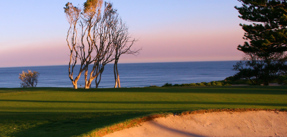 Shelly Beach - 2 players, 18 holes plus cart!