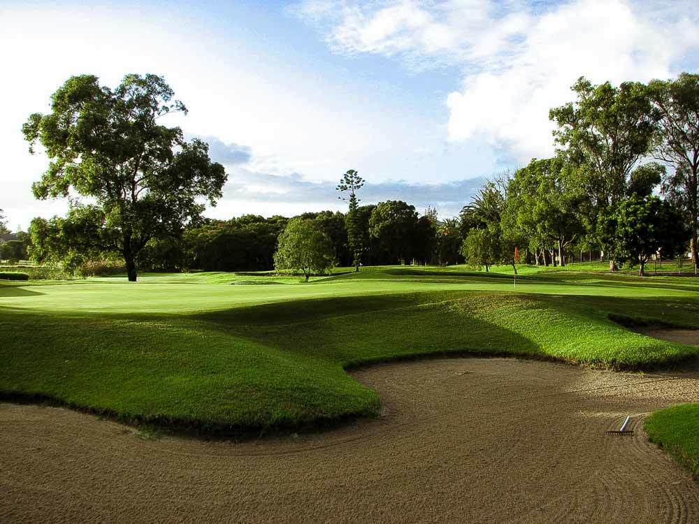 Waratah Golf Club – Two Players, 18 Holes, Including a Cart!